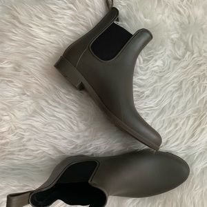 Merona Olive Green Chelsea Rain Boots